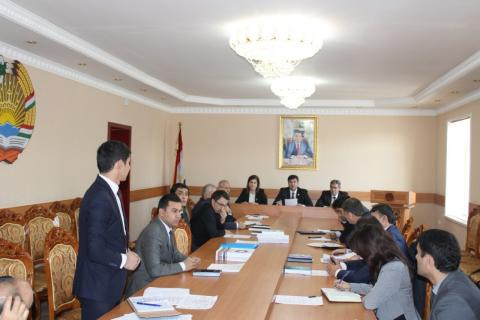 Баргузории ҷаласаи навбатии Шӯрои илмии Маркази миллии қонунгузорӣ